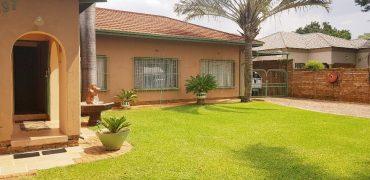 Three bedroom house for sale in Dorandia Pretoria North